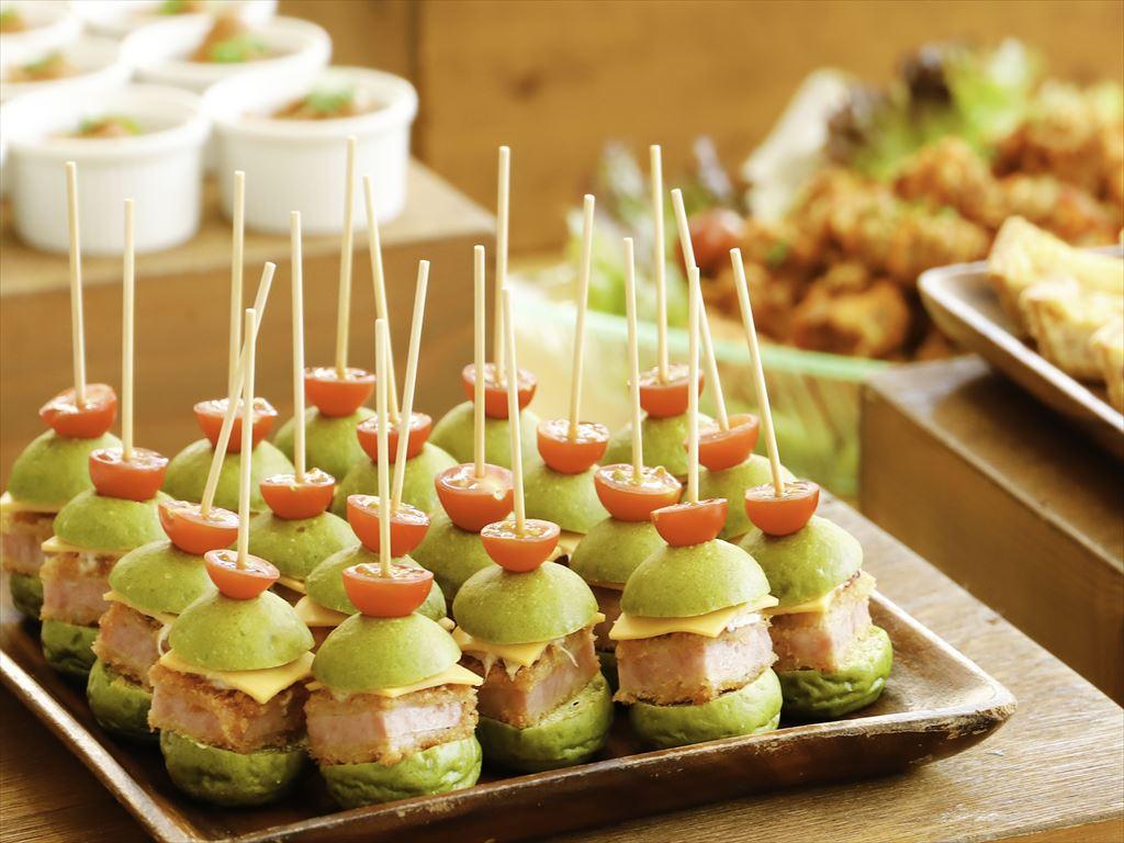 【ビュッフェ・立食】洋食中心!フォリクラッセの立食お手軽ケータリングプラン画像0