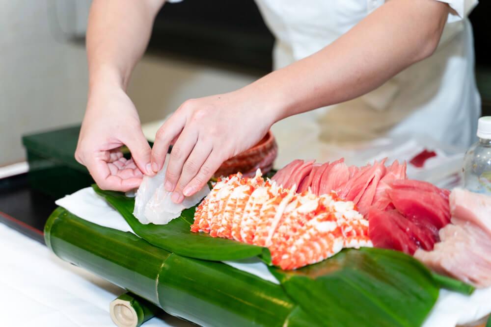 【出張料理】その場で握る本格鮨10貫!英多郎寿司の立食スタンダードケータリングプラン画像3