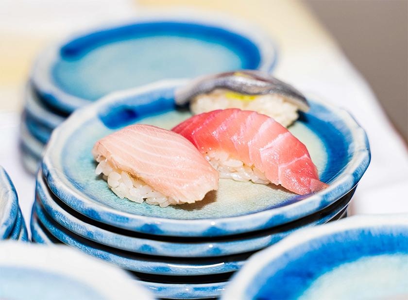 【出張料理】その場で握る本格鮨4貫!英多郎寿司の立食お手軽ケータリングプラン画像1