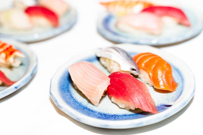 【出張料理】その場で握る本格鮨4貫!英多郎寿司の立食お手軽ケータリングプラン画像5