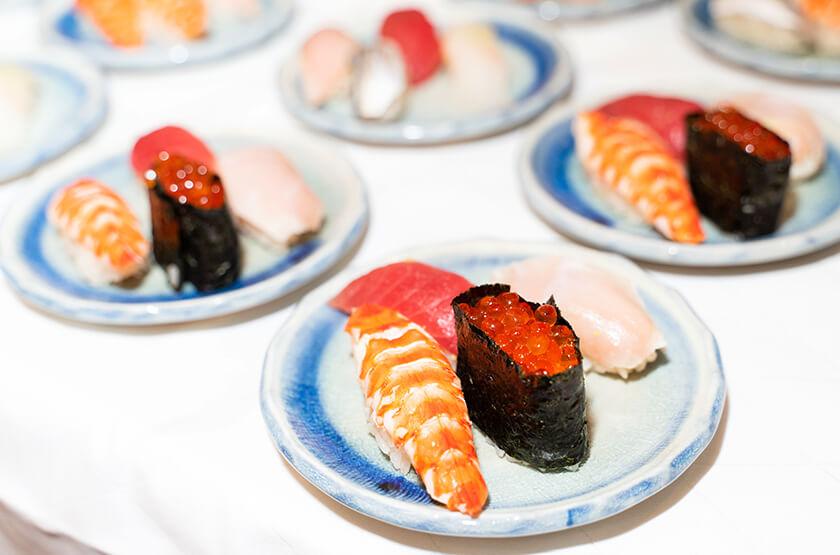 【出張料理】その場で握る本格鮨4貫!英多郎寿司の立食お手軽ケータリングプラン画像0