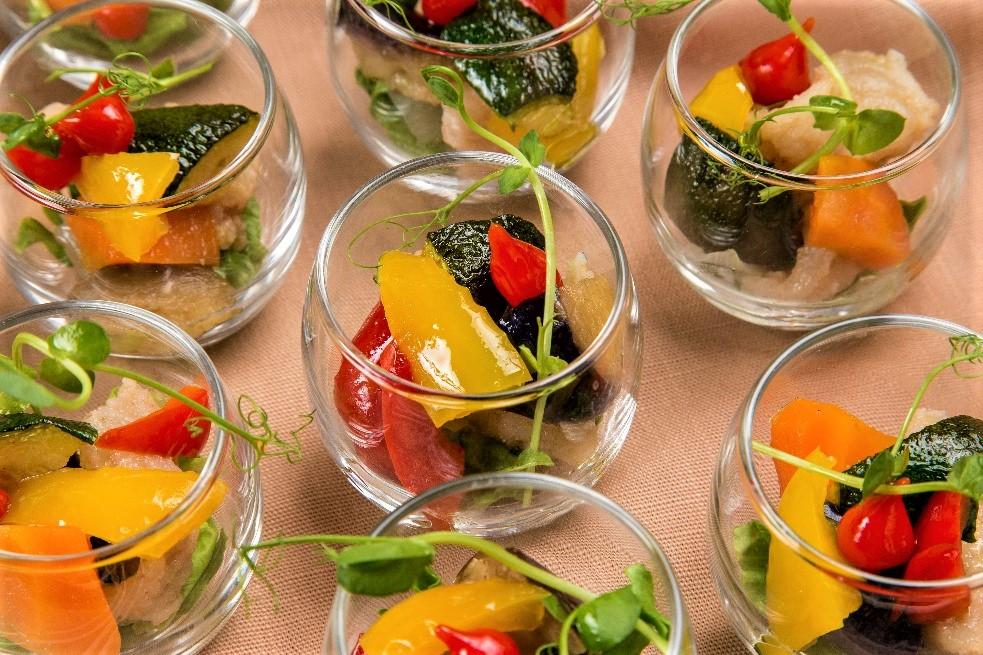 【ロハス&ヘルシー】新鮮魚介のパエリアと有機野菜のフレンチケータリング画像4