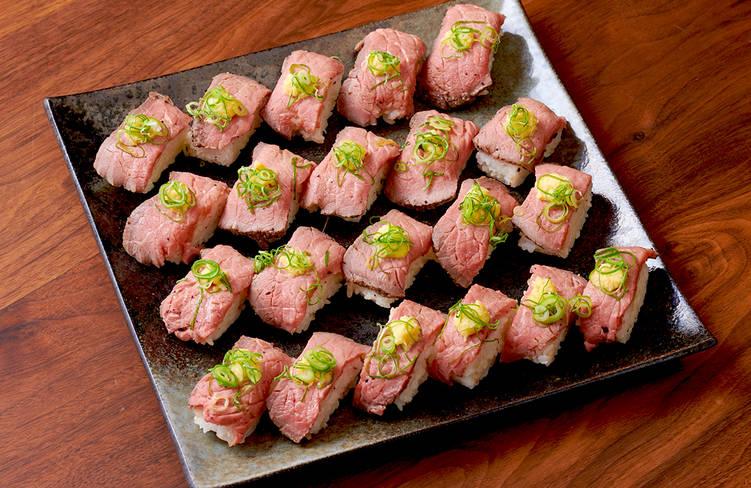 【ボリューム満点】肉寿司つき!サーカスケータリングの謝恩会向けオードブルプラン画像0