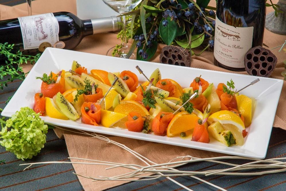 【ラグジュアリー】牛ほほ肉の赤ワイン煮込みと手毬寿司の豪華ケータリングプラン画像4