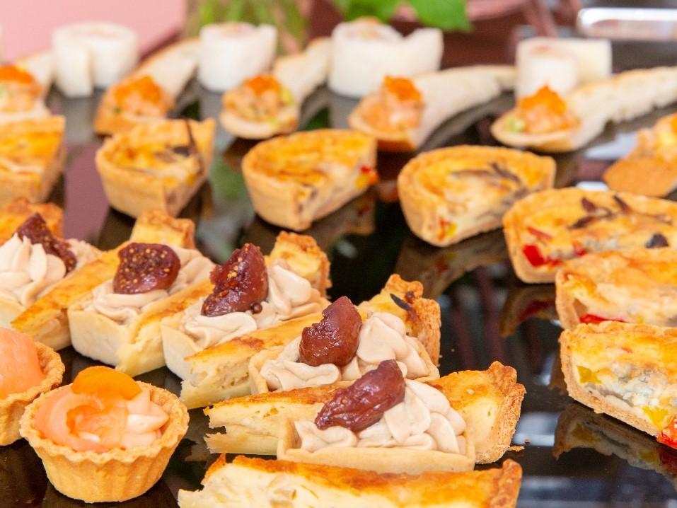【ビュッフェ・立食】茄子と松の実のカポナータ付き!コルドンブルーのスタンダードフィンガーフード画像3