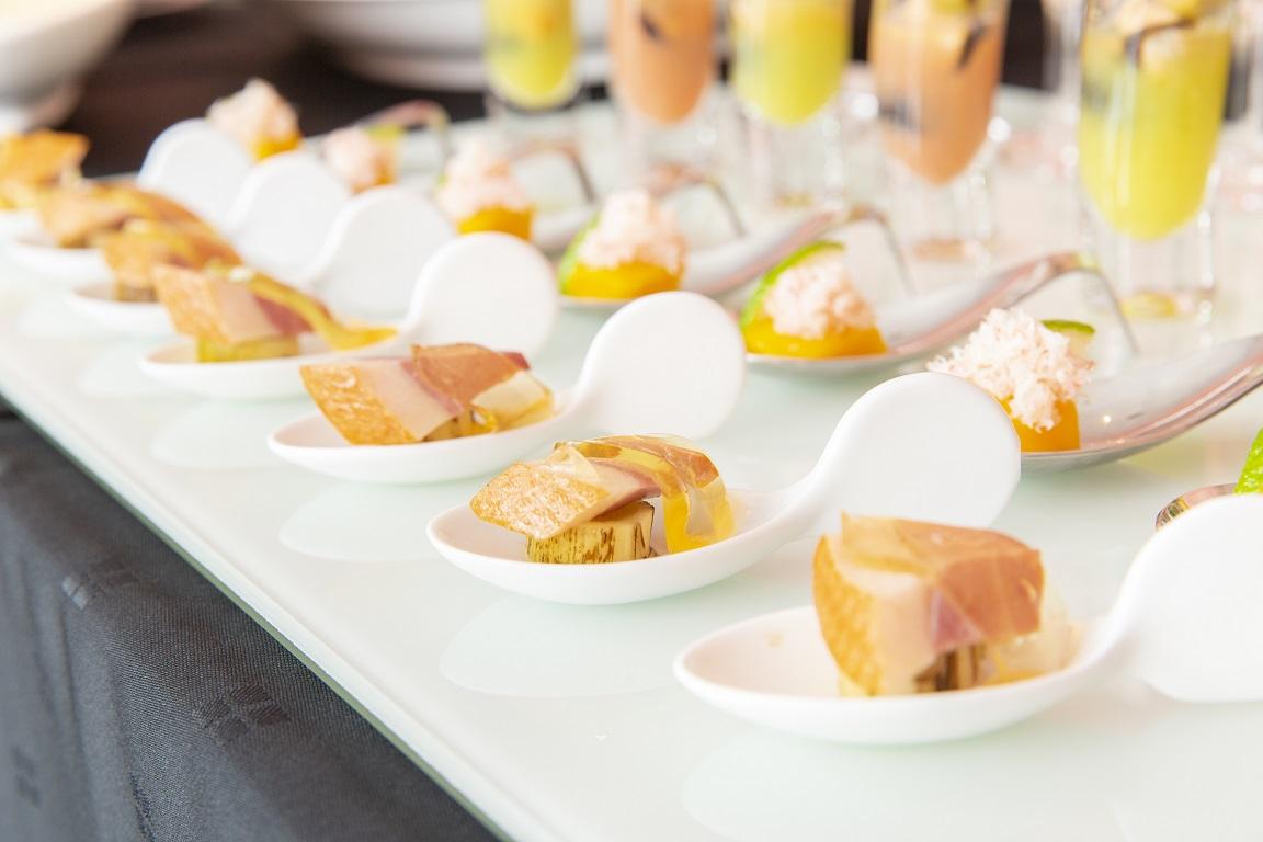 【ラグジュアリー】カジキマグロのグリル付き!豪華パーティ向け、コルドンブルーの本格フィンガーフード画像2