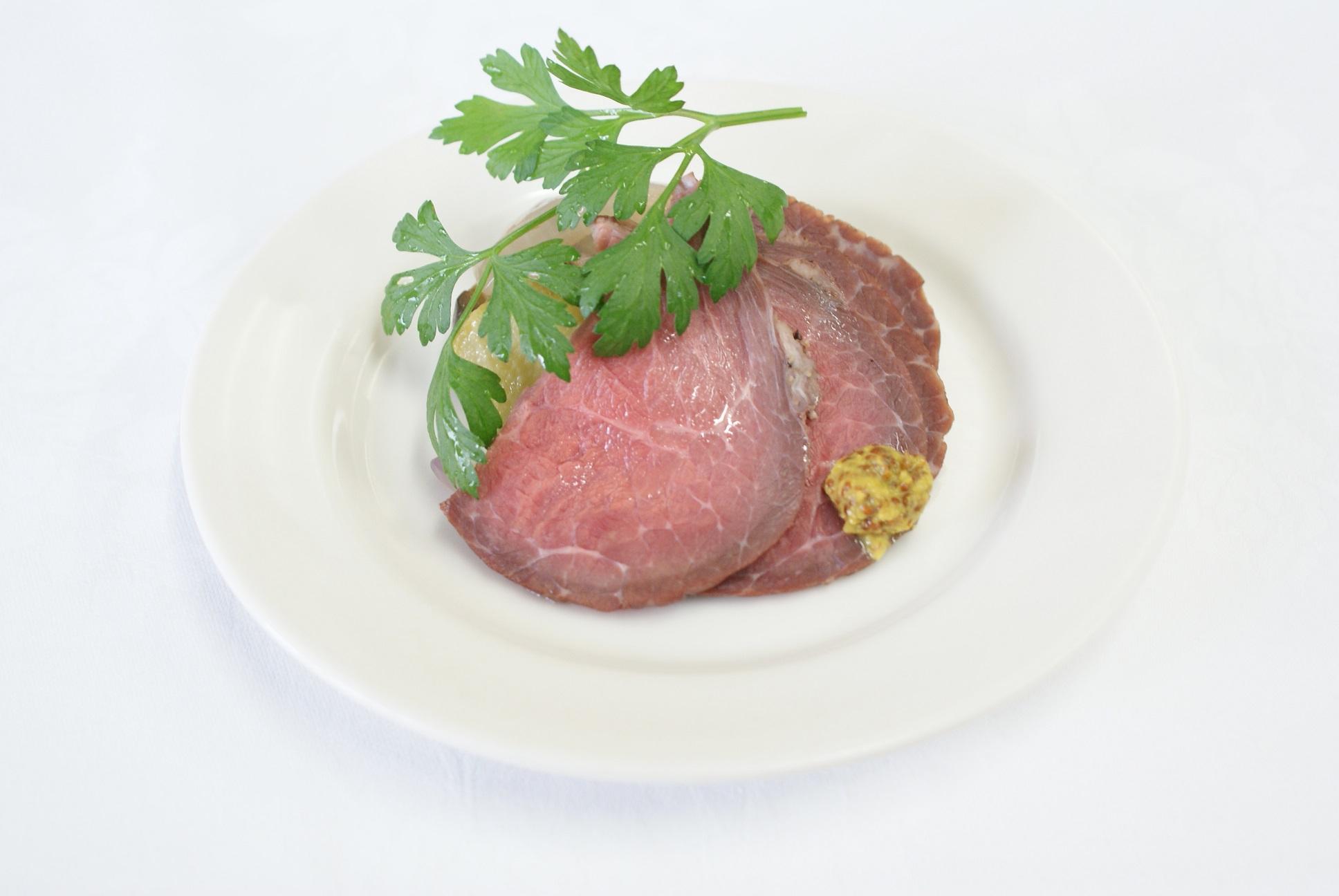 【完全個別包装のカップオードヴル】牛肉のソテーとフォアグラのロッシーニ風 と選べるカップオードヴル画像2