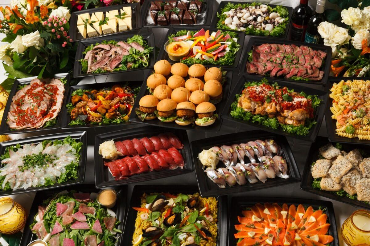 【ボリューム満点】厳選握り寿司つき!シアターの本格パーティー向け豪華オードブルプラン画像0