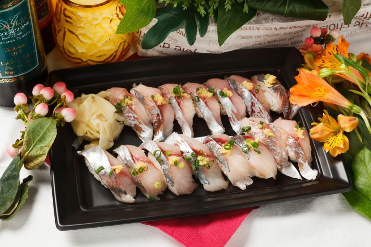 【ボリューム満点】厳選握り寿司つき!シアターの本格パーティー向け豪華オードブルプラン画像2