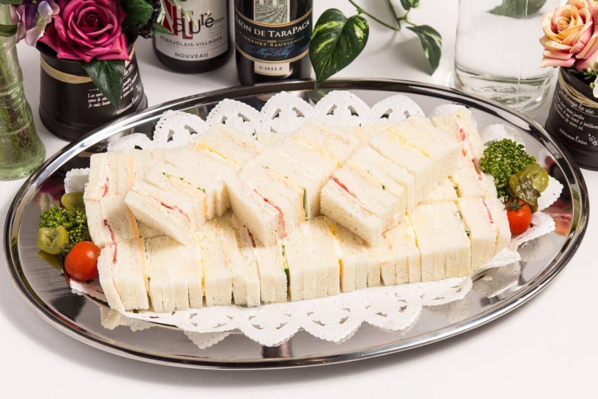 【ビュッフェ・立食】細巻き寿司つき!ベリーベリーの立食お手軽ケータリングプラン画像6