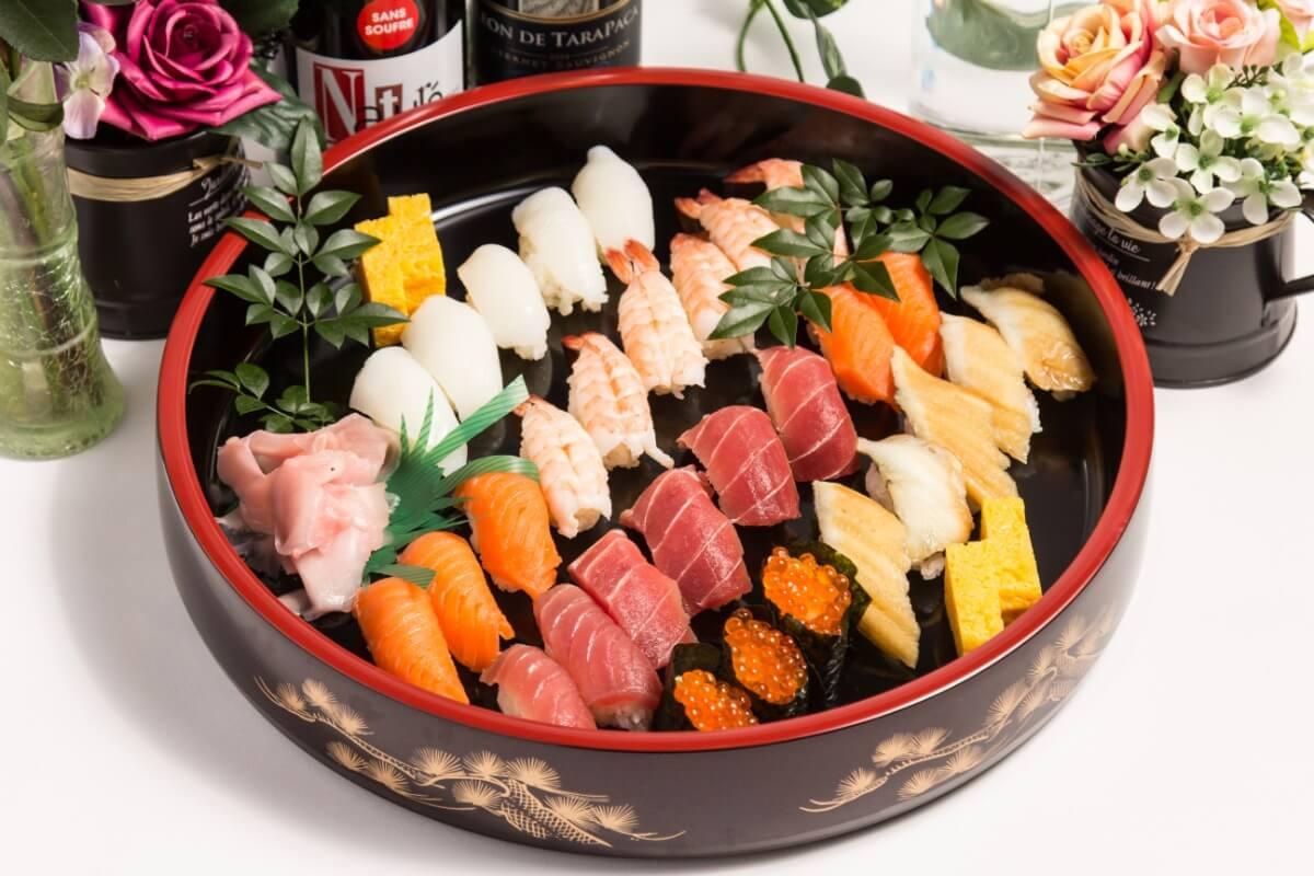 【ボリューム満点】江戸前寿司つき!ベリーベリーの立食スタンダードケータリングプラン画像0