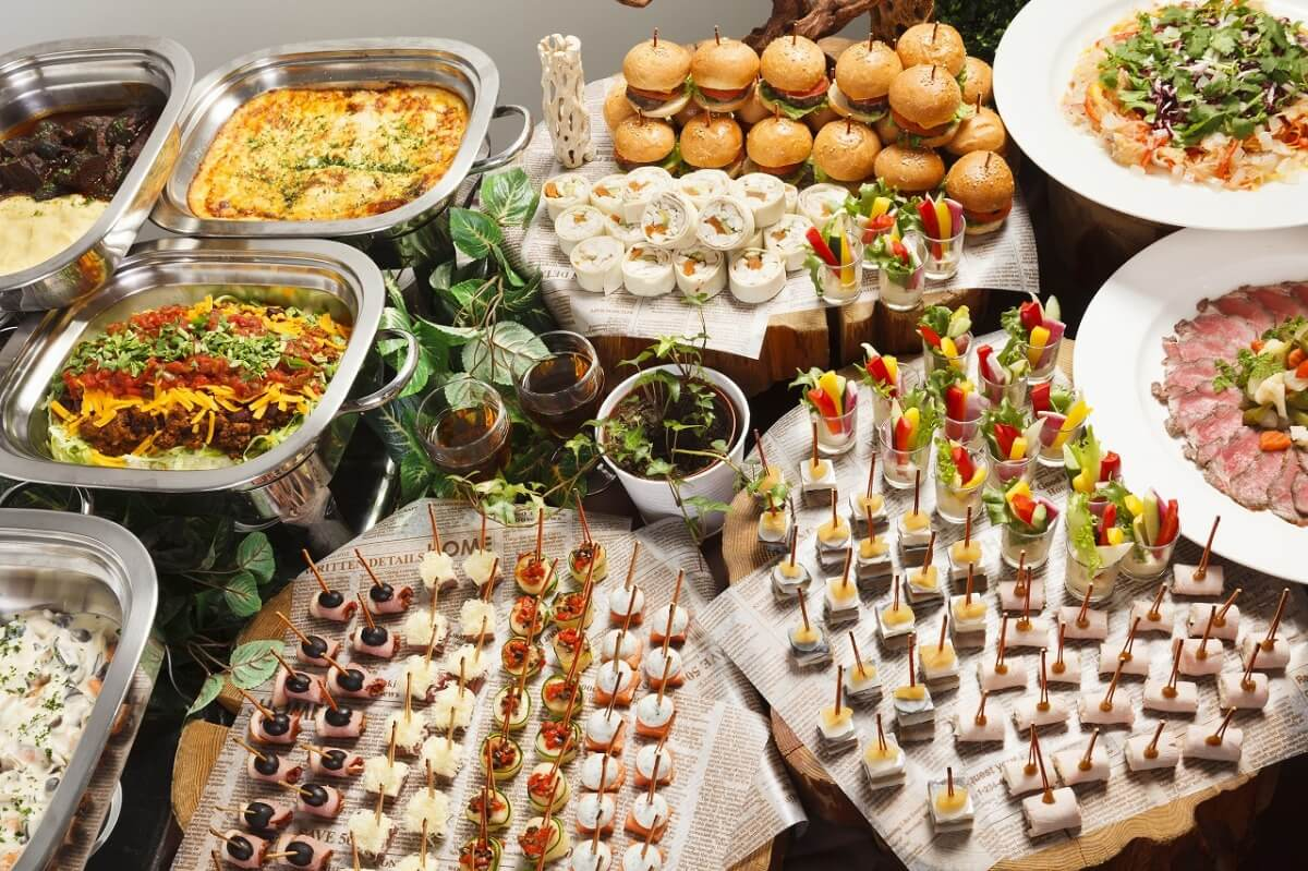【ビュッフェ・立食】ローストビーフつき!サイタブリアの本格パーティー向け豪華ケータリングプラン画像1