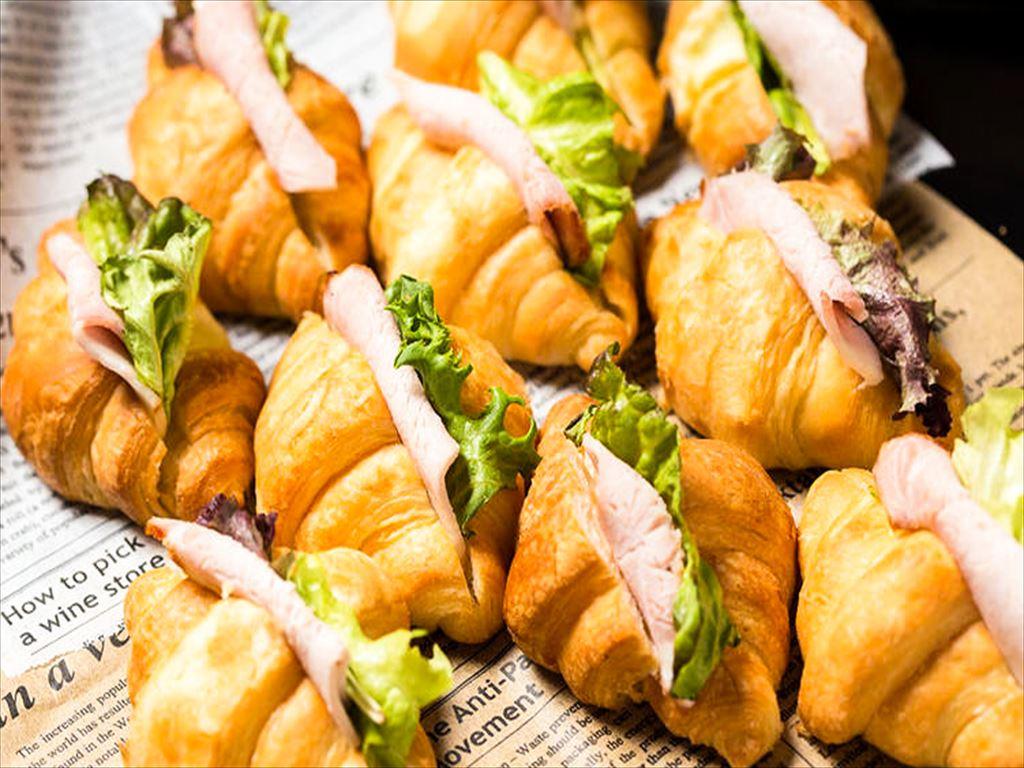 【ビュッフェ・立食】フィンガーフード中心!ネオダイニングの立食スタンダードオードブルプラン画像1